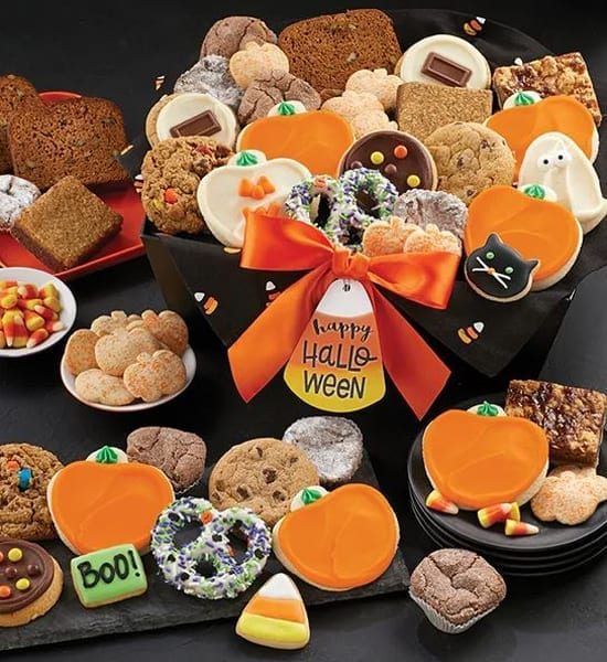 Jack o' Lantern Ultimate Halloween Gift Basket