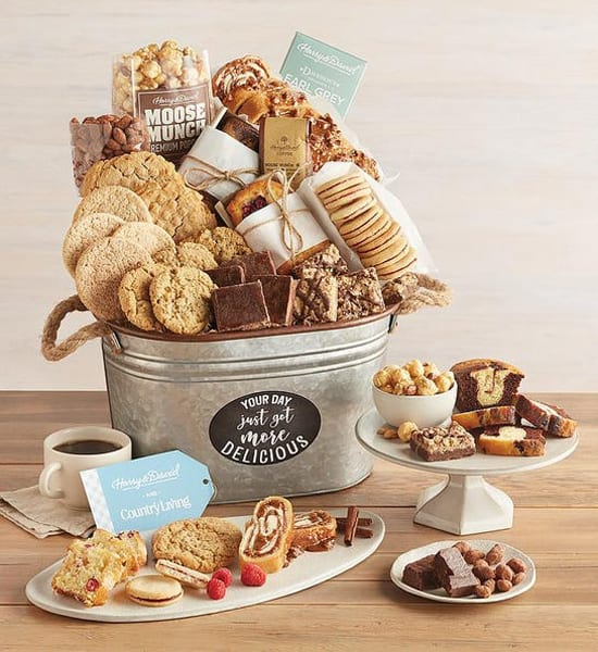 Harry & David Coffee and Bakery Gift Basket Giveaway